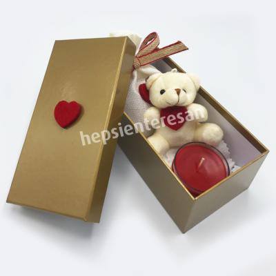 kutuda mumlu ve çikolatalı ayıcık