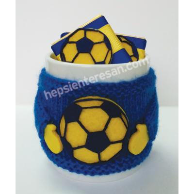 çikolatalı futbol seven örgü kupa 2